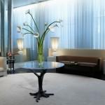 web-getty-flower-table
